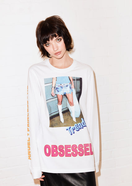 @shesvague 'Obsessed' White Long Sleeve Tee