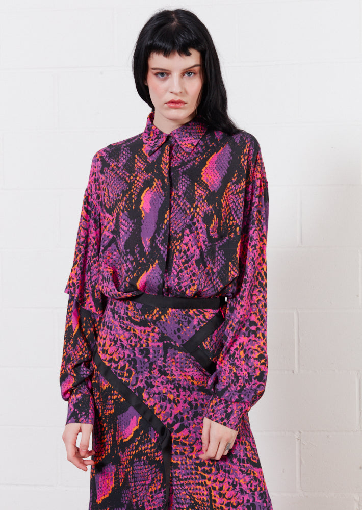 Asymmetric Double Snake Print Viscose Shirt (Pink)