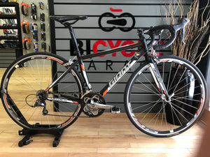 GIANT ALUX ALU ROAD BIKE PRE-OWNED