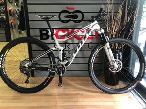 SCOTT SPARK 940 MEDIUM PRE- OWNED