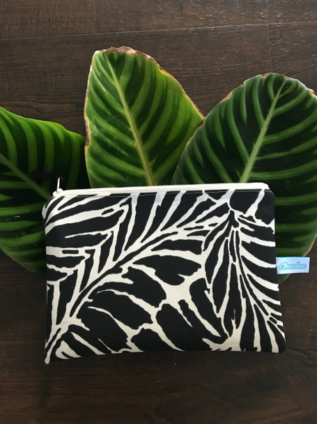 Oneloa Black Tropical Leaf Small Splashproof Bag