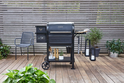 Vermont Castings Woodland™ 750 Sq. In. Pellet Grill