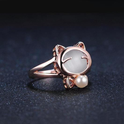 Cravat Cat Ring in Rose Gold.Catlive.2