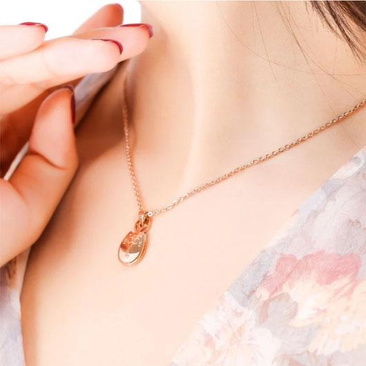 The Smiley Cat Necklace in 14k Rose Gold.Catlive.3