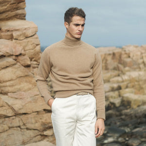 Rubato Pure Camel Turtleneck