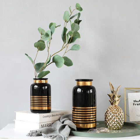 Vase made of Ceramic in Black or White with golden line detail - Happiness Hustle Store