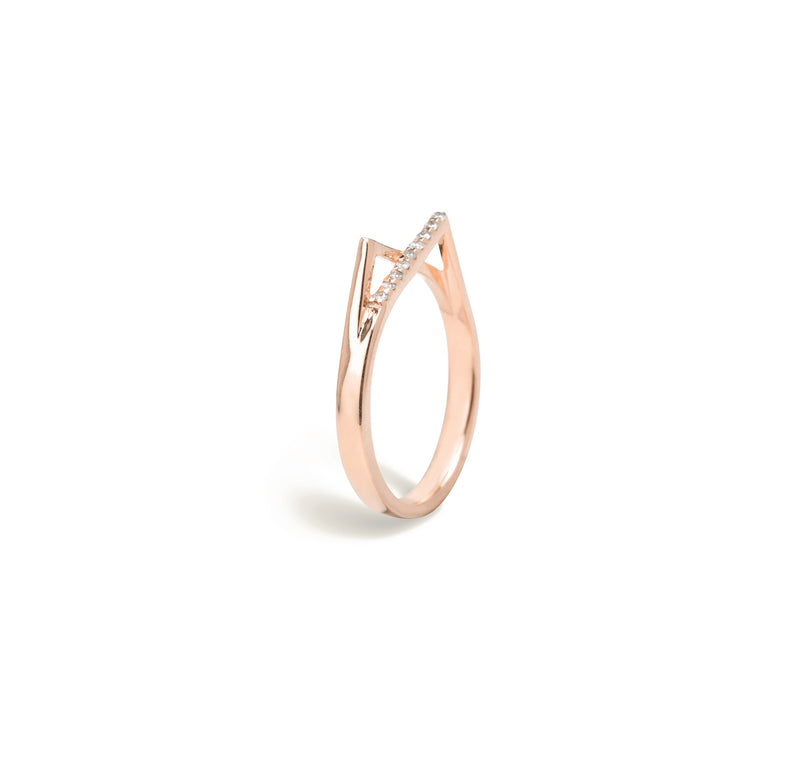Gold diamond ring for women In rose gold colour