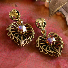 Load image into Gallery viewer, Autumn Leaves Earrings