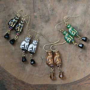 Glass Cat Vintage Earrings by Sweet Romance E654 - sweetromanceonlinejewelry