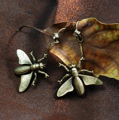 Elvira's Flying Wasp Earrings EL_E122 - sweetromanceonlinejewelry