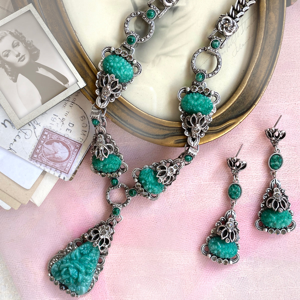 Art Deco Vintage Green Jade Glass Necklace and Earrings  N1095