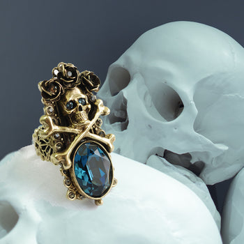 Elvira's Skull and Roses Ring EL_R578