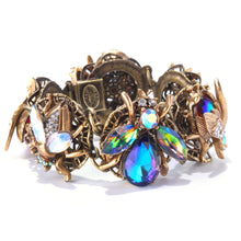 Load image into Gallery viewer, Queen Bee Statement Bracelet BR310
