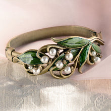 Load image into Gallery viewer, Lily of the Valley Bracelet