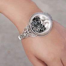 Load image into Gallery viewer, Crescent Moon Bracelet BR882