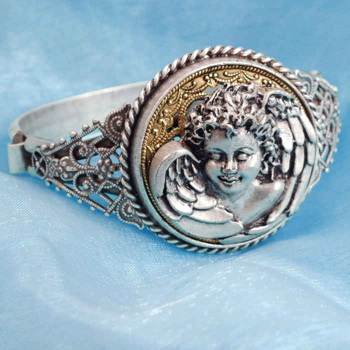 Sweet Dreams Angel Bracelet BR883 - ONLY 1 LEFT