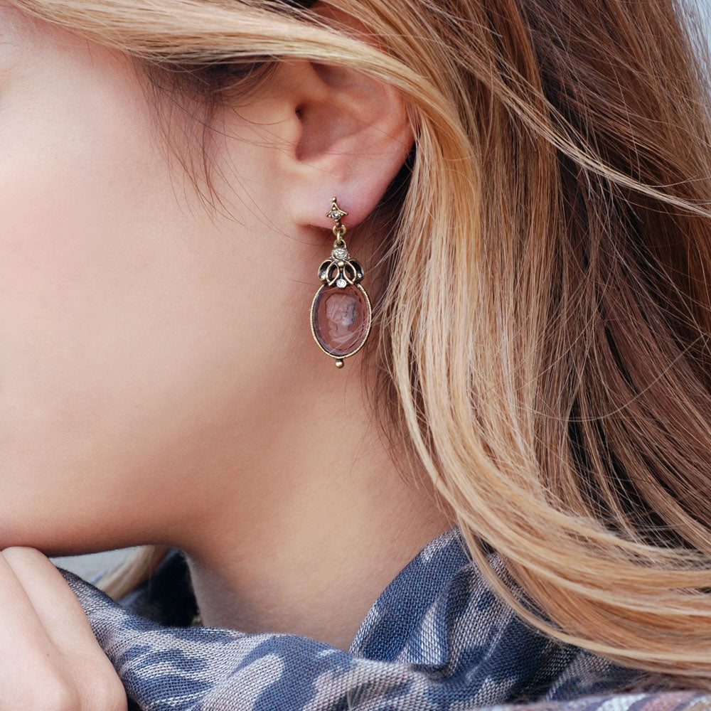 Atemis Intaglio Earrings E910 - sweetromanceonlinejewelry