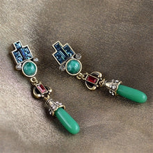 Load image into Gallery viewer, Art Deco Vintage Jade Glass Earrings E9522