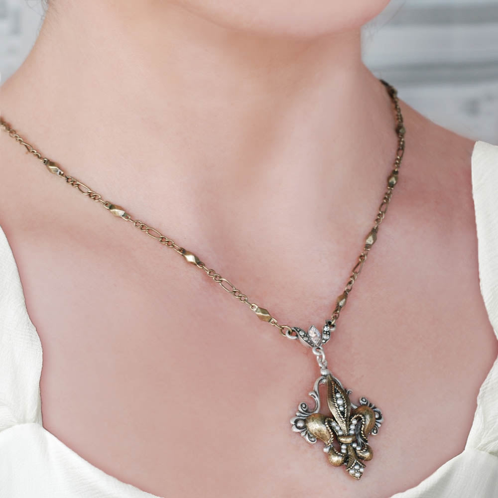 French Ritz Fleur De Lis Necklace N1068 - sweetromanceonlinejewelry