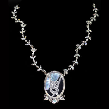 La Belle Epoch Vintage Fairy Intaglio Necklace N1310-SIL