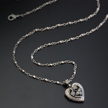 Load image into Gallery viewer, Heather Heart Silver Locket