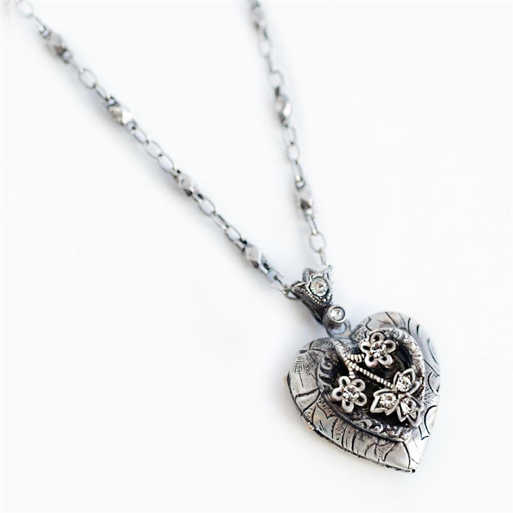 Heather Heart Silver Locket - sweetromanceonlinejewelry