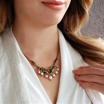 Lily of the Valley Necklace - sweetromanceonlinejewelry