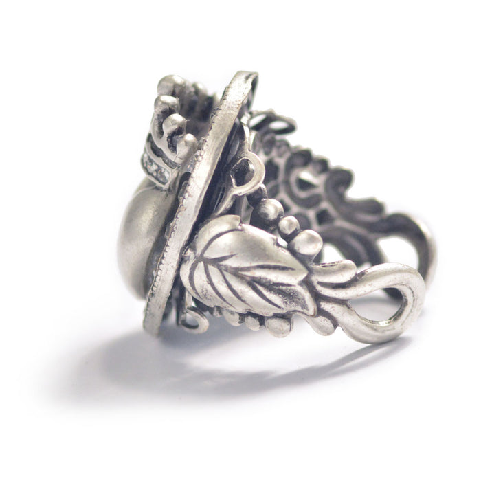 Queen of Hearts Ring R537