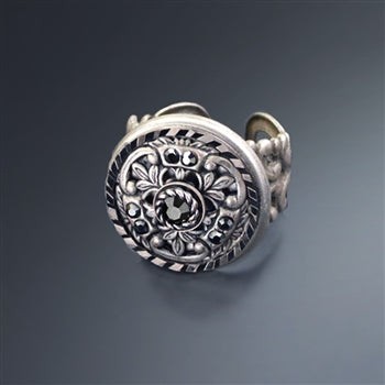 Window Medallion Ring