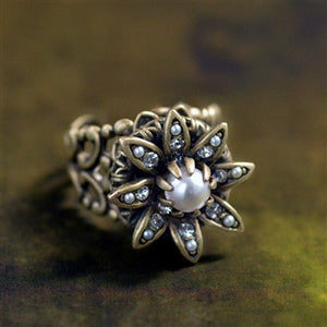 Wild Flower Daisy Ring