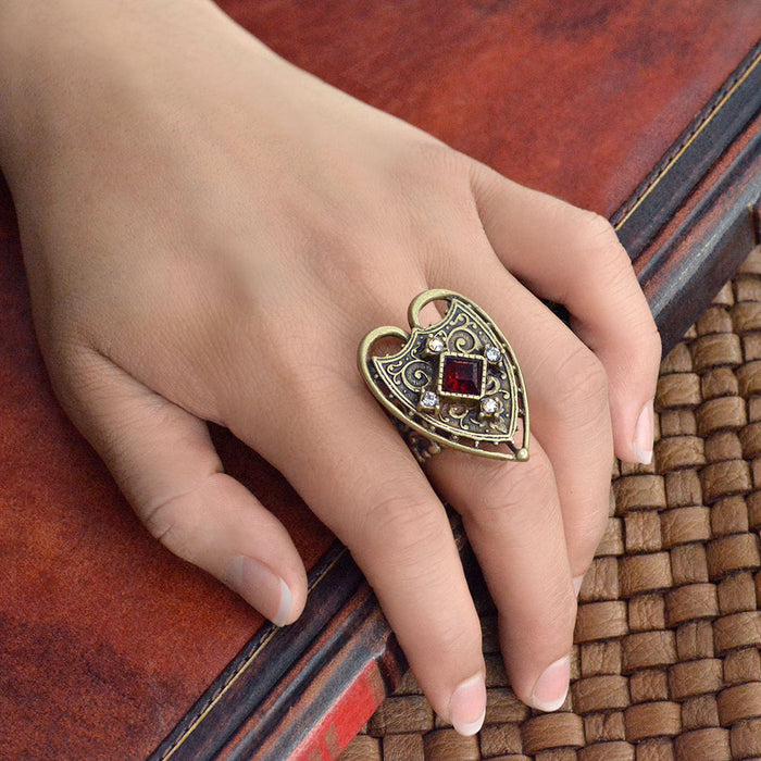 Renaissance Heart Ring R556