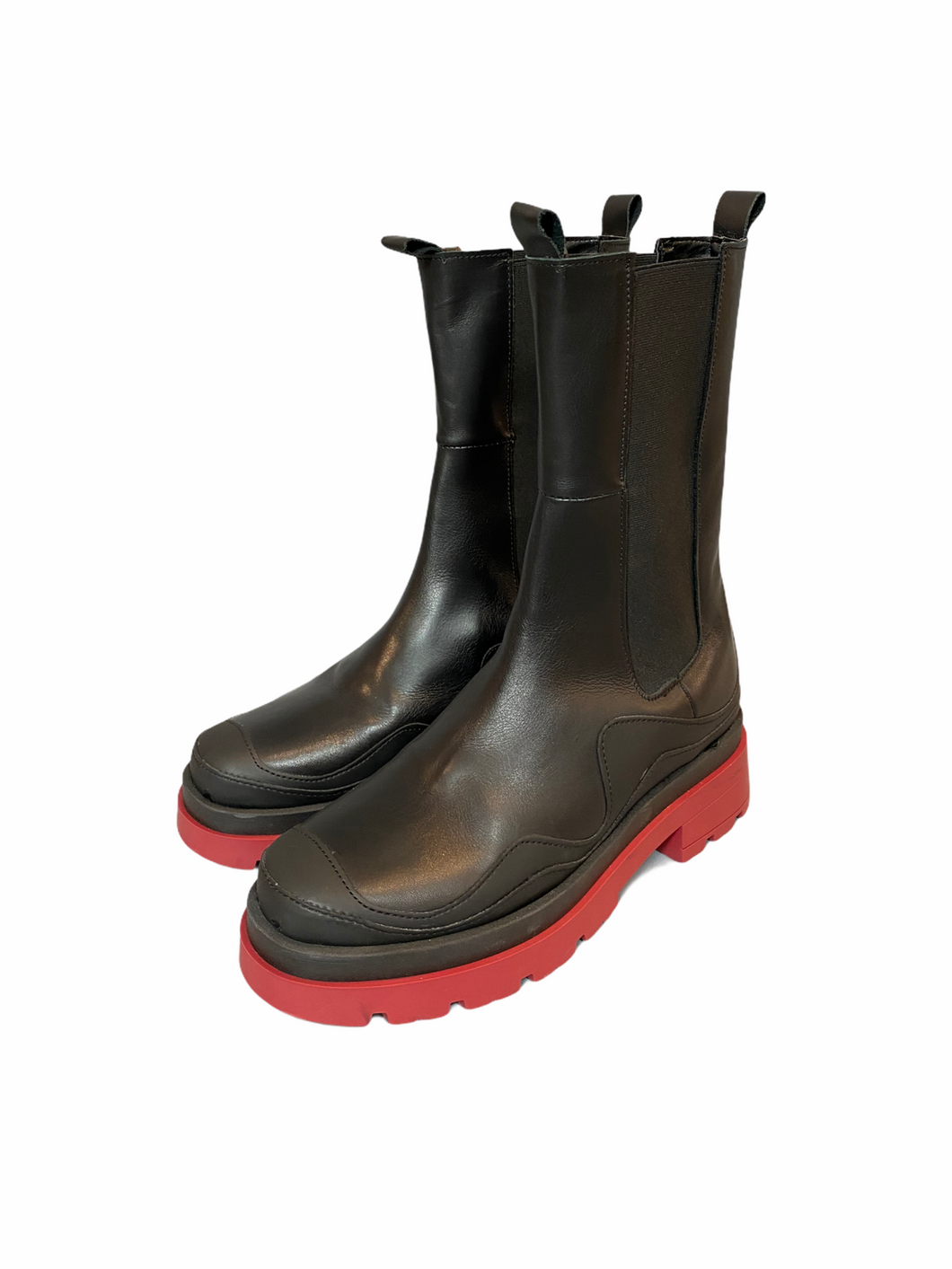 Leather boots with red rubber sole