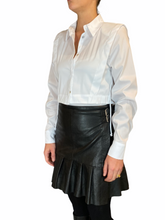 Load image into Gallery viewer, Classic White Cropped Blouse