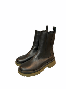 Leather boot with green rubber sole