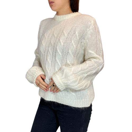 White Knitwear with ballon sleeve