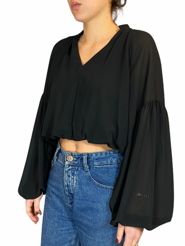 Cropped Puff Black Blouse