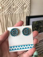 Load image into Gallery viewer, Turquoise Cluster Earrings