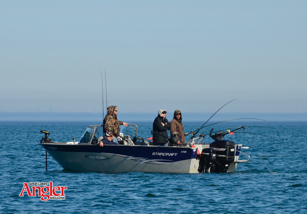 great lakes fishing trolling angler boats