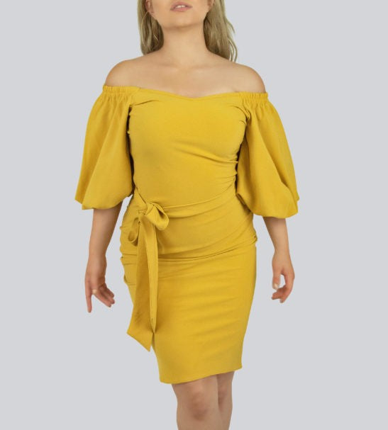 SAUDO01419 Puff sleeves  Bodycon dress with belt by Smart Marché