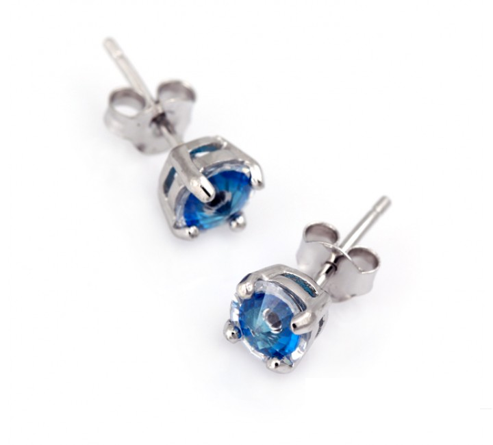 Mati Crystal Stud earrings
