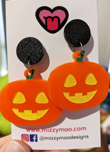 Load image into Gallery viewer, Jack-o-lantern Halloween Pumpkin dangles and studs