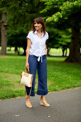 Culotte jeans to style with navy blue espadrille wedges