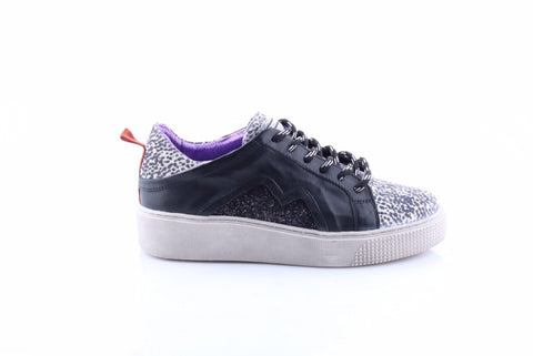 Ladies Mjus Black Leather Trainer 08125