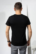 Load image into Gallery viewer, Basic T-shirt with stamp - Black