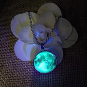 Glowing Moon Necklace - Trendmart
