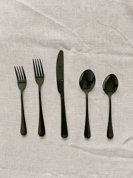 Black Silverware Set
