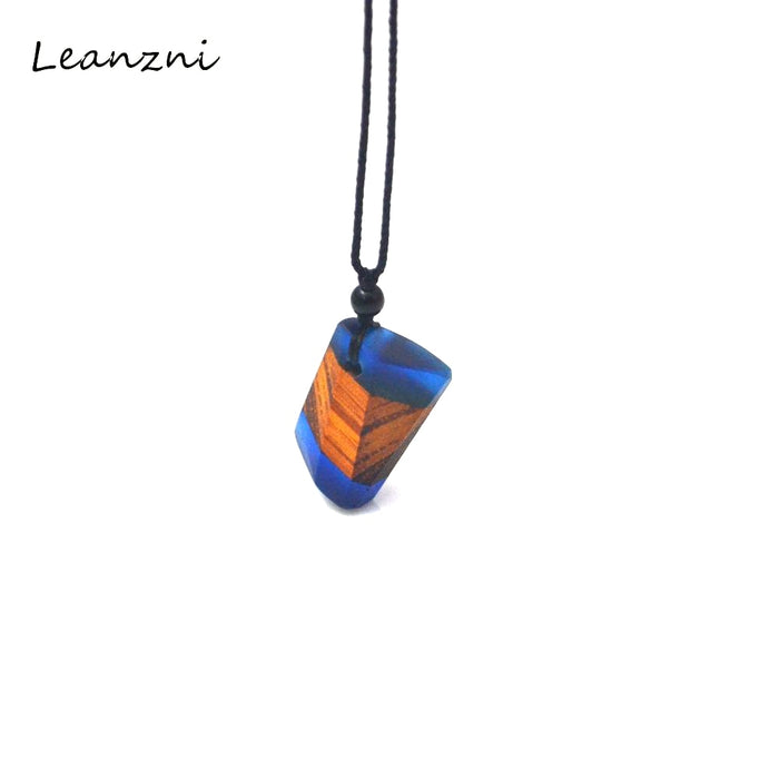 Leanzni  Irregular wood resin necklace pendant, fashionable vintage grain, men and women for jewelry, gifts