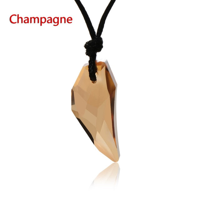 1Pc Men Antique Crystal Wolf Tooth Pendant Necklace Vintage Stark Wolf Fang Tooth Dragon Rhinestone Pendant Necklace Jewelry - Resonate Crystal