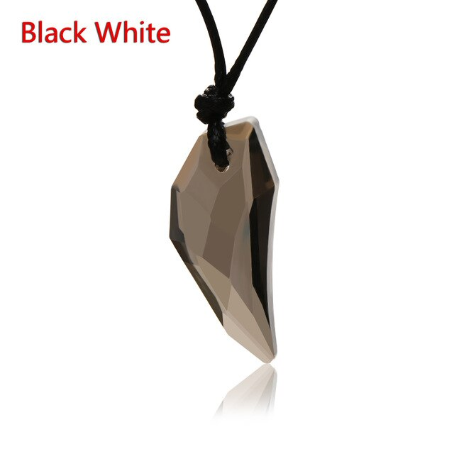 1Pc Men Antique Crystal Wolf Tooth Pendant Necklace Vintage Stark Wolf Fang Tooth Dragon Rhinestone Pendant Necklace Jewelry