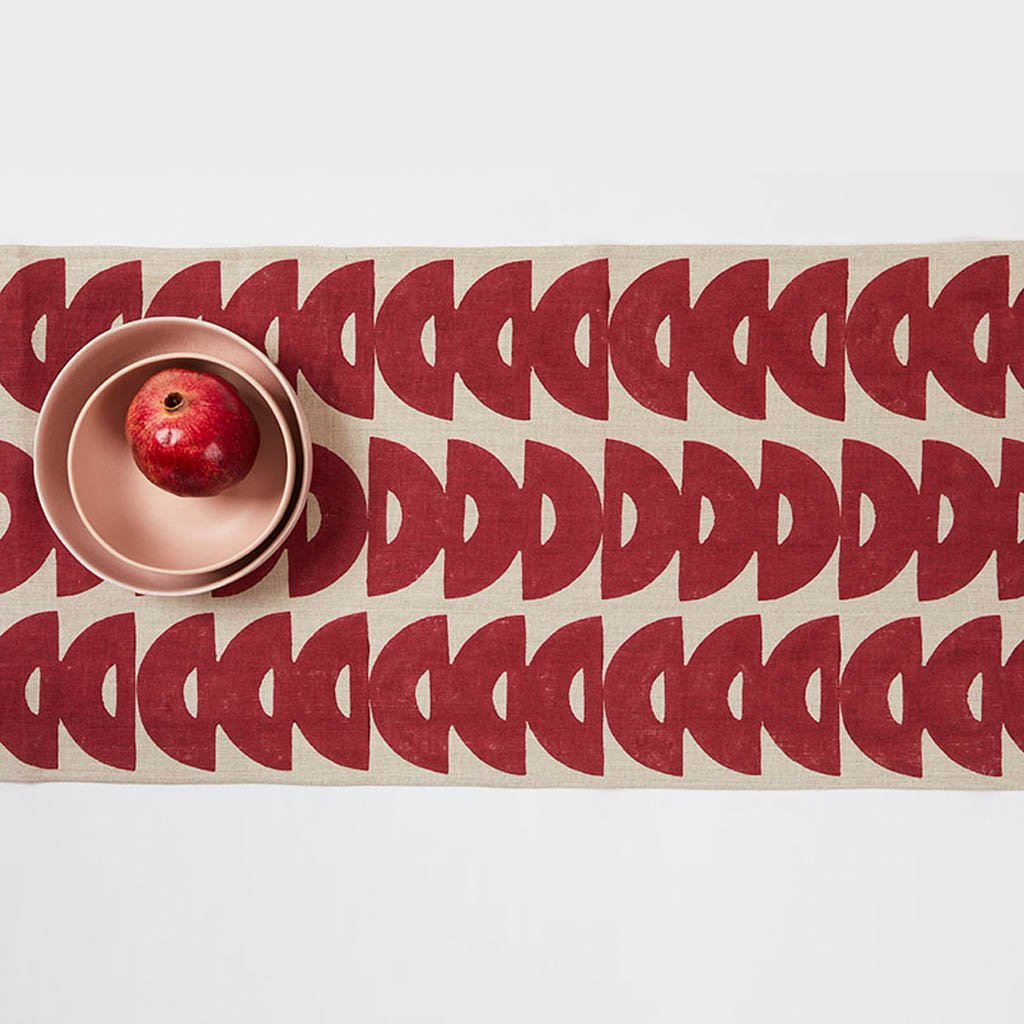 Table Runner - Halfmoon - Red